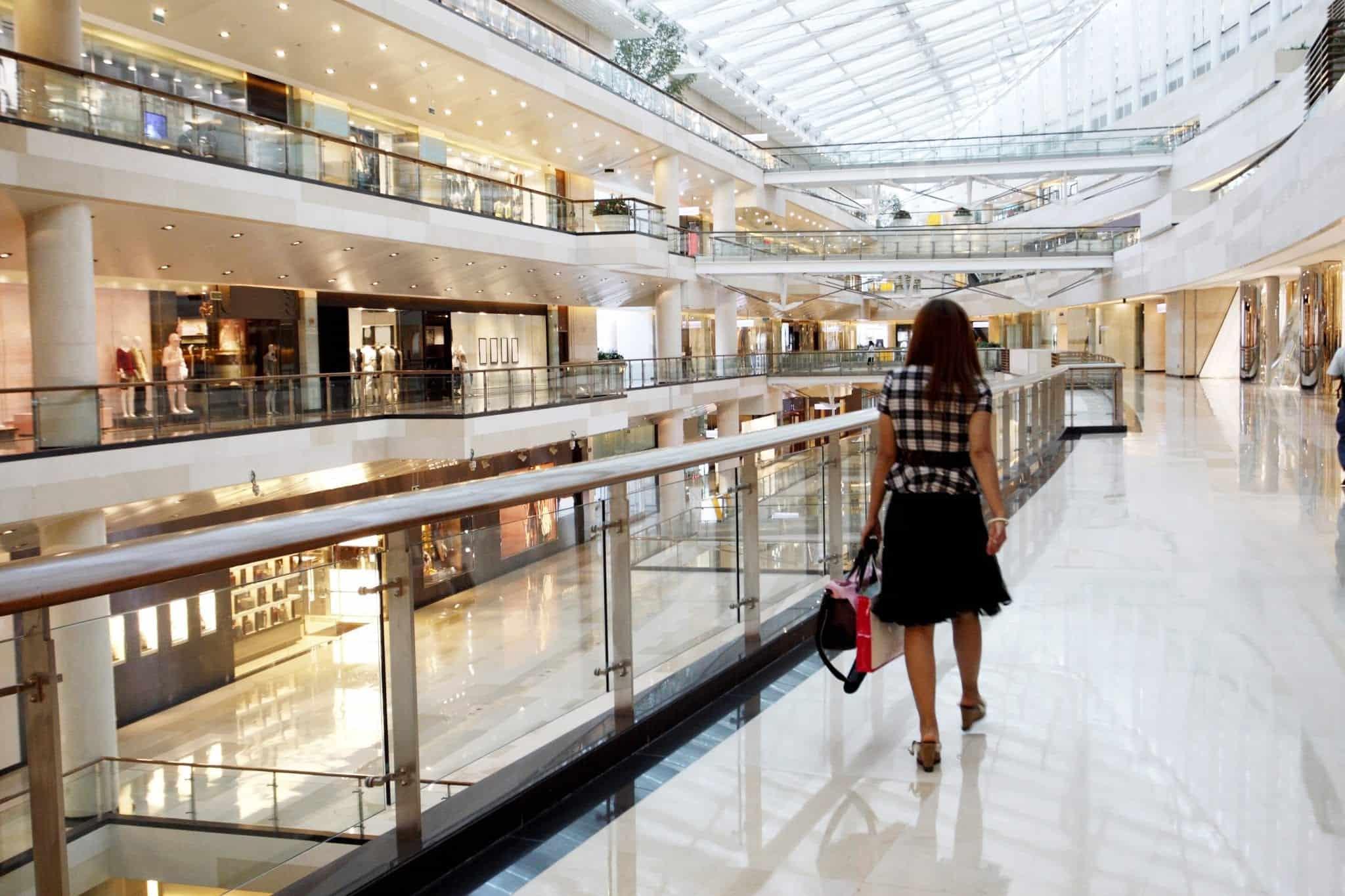 Ylivertainen asiakaskokemus hyödyntää paikantamista