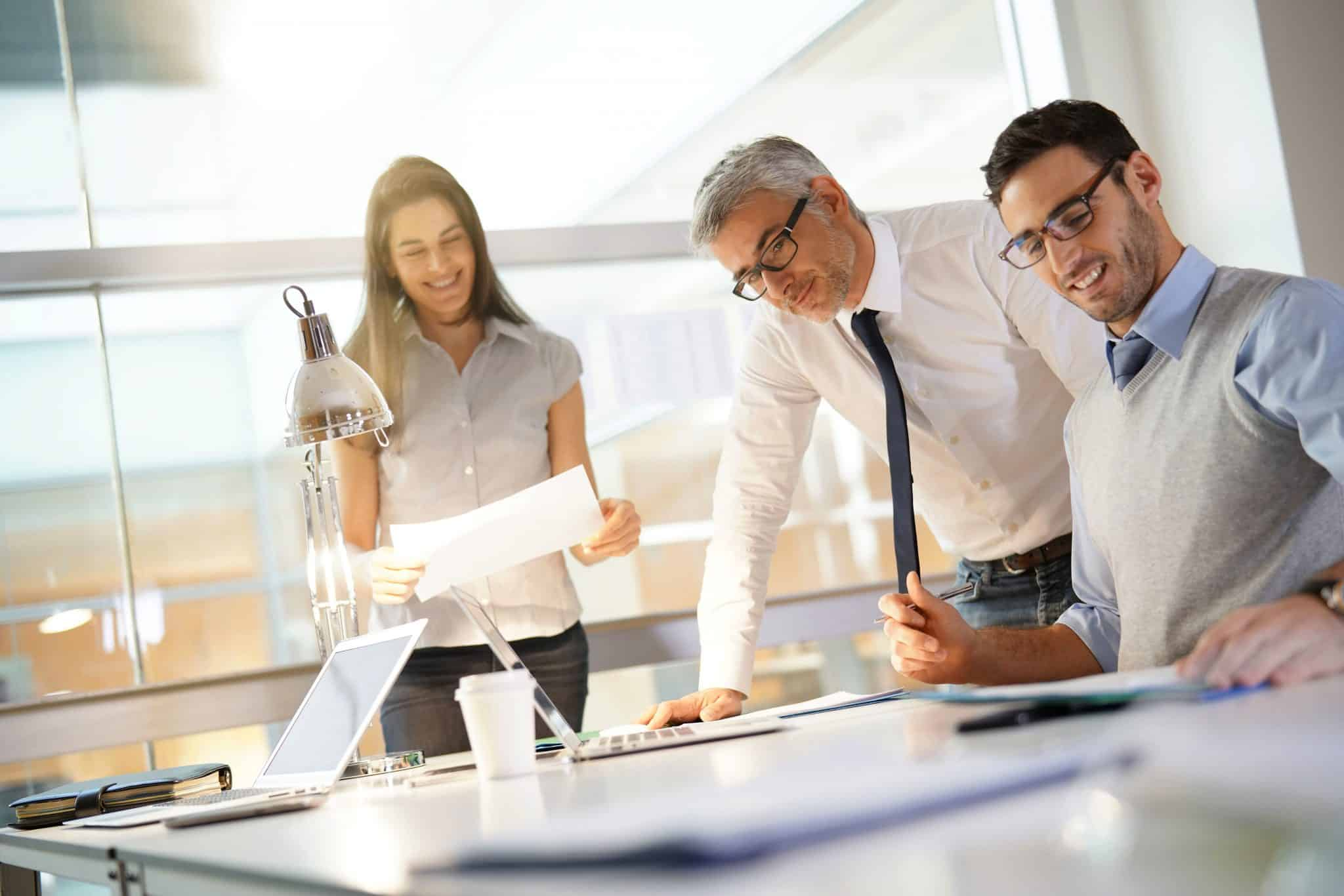 IT-liiketoiminta yhteistyö
